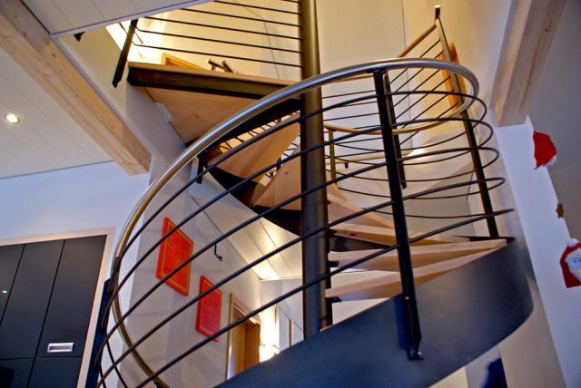 escalier colima on. Black Bedroom Furniture Sets. Home Design Ideas