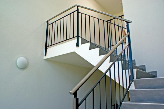 Barri re balustrade garde corps for Luminaire exterieur ral 7016